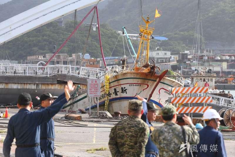 宜蘭南方澳日前發生斷橋事件、壓死6名漁工,也引起社會對外籍漁工權益的關注。(資料照,顏麟宇攝)