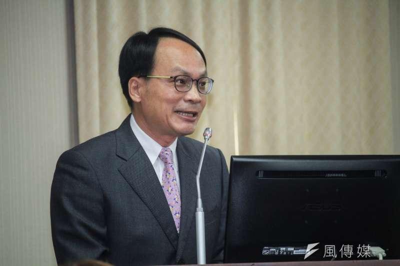 20191002-黨產會主委林峯正2日出席立院内政委員會備詢。(蔡親傑攝)