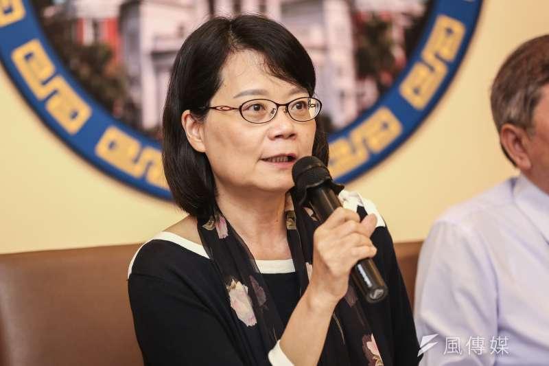 20191003-監察委員王美玉3日召開「台塑涉空汙數據系統性造假 糾正環保署」記者會。(簡必丞攝)
