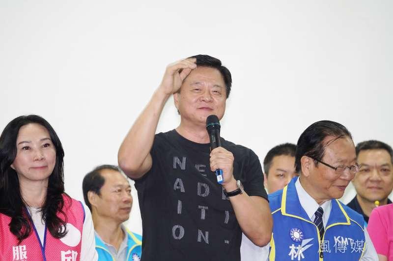 前台北縣長周錫瑋出席立委輔選造勢,認為國民黨總統參選人韓國瑜人氣這麼旺,2020總統大選新北一定能贏50萬票以上。(盧逸峰攝)