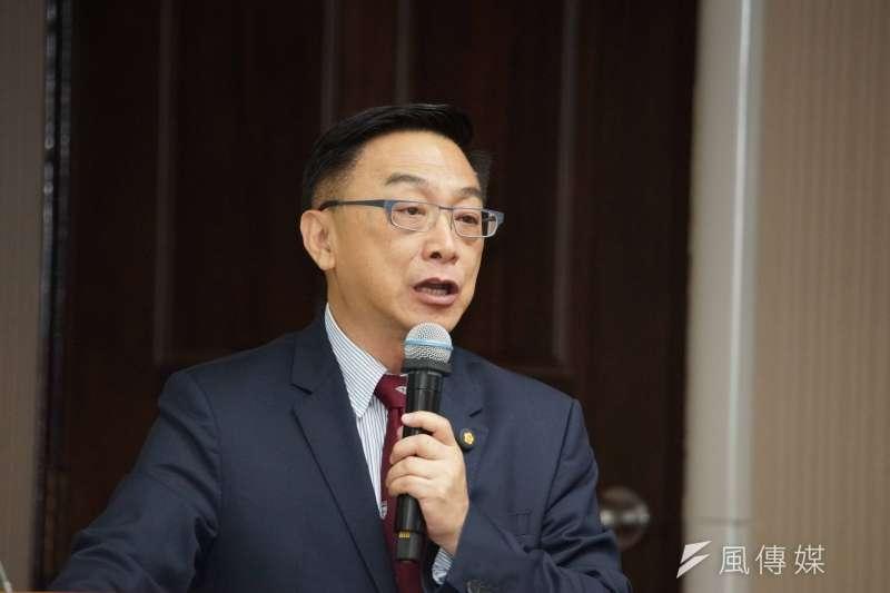 20191007-立委陳宜民於衛環委員會質詢。(盧逸峰攝)