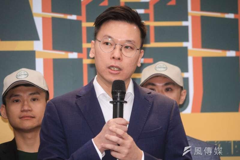 20191009-民進黨推薦青年參選人舉辦「台灣派對連線記者會」,圖為副秘書長林飛帆。(蔡親傑攝)