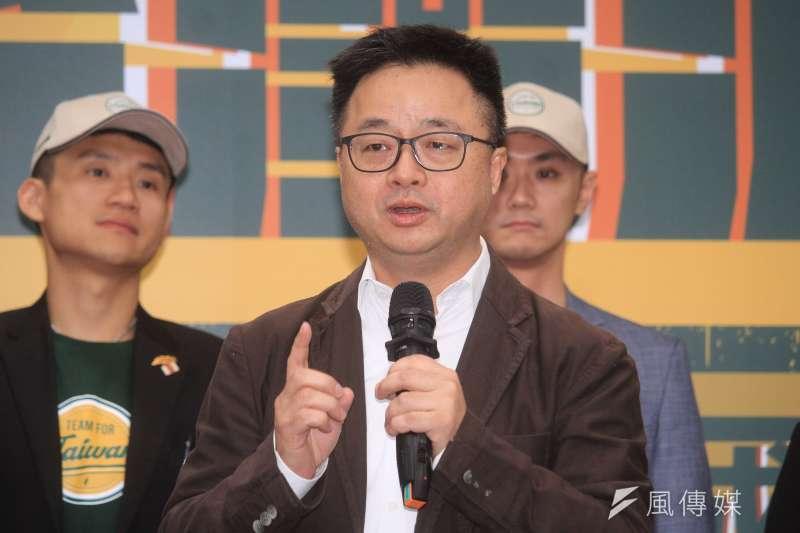 20191009-民進黨推薦青年參選人舉辦「台灣派對連線記者會」,圖為秘書長羅文嘉。(蔡親傑攝)
