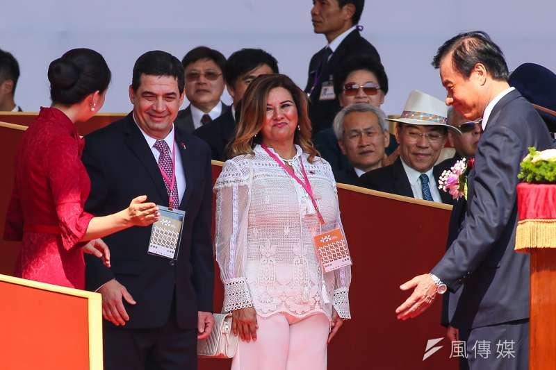 巴拉圭副總統韋拉斯格斯(Hugo Velázquez)伉儷10日出席中華民國108年國慶大會,並在午後拜見總統蔡英文。(顏麟宇攝)
