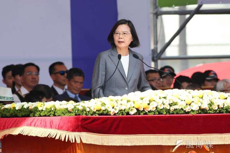 108年度國慶大典10日上午在總統府前舉行,總統蔡英文發表國慶演說。(顏麟宇攝)