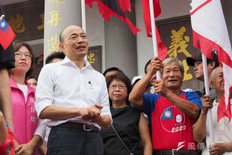 國民黨總統參選人韓國瑜(前)表示,若他當選總統,高鐵南延案要重新歸零再評估。(資料照,新新聞林瑞慶攝)
