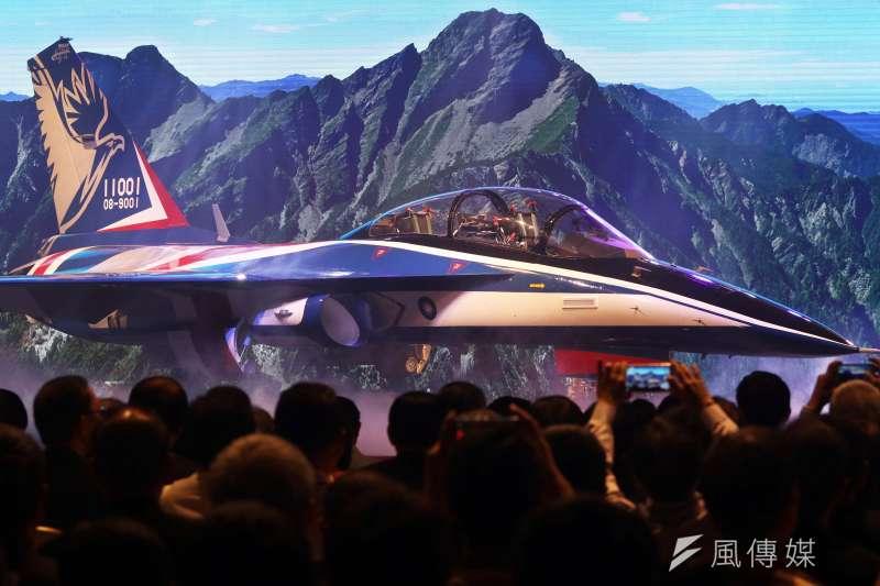 20191016-空軍新式高教機首架原型機上個月出廠亮相。(蘇仲泓攝)