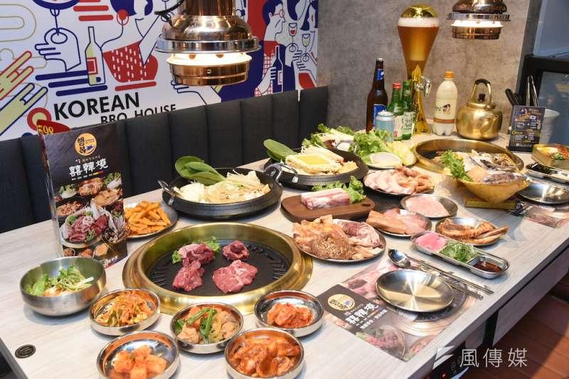 夢時代百貨引進新品牌「囍韓燒-韓式燒肉、火鍋、酒屋、宵夜」搶佔高雄人的胃。(圖/徐炳文攝)