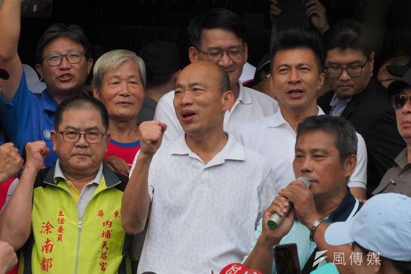 國民黨總統參選人韓國瑜日前正式展開傾聽之旅,18日在屏東參加座談會時,提及太太李佳芬遇小農哭訴一事。(資料照,新新聞林瑞慶攝)