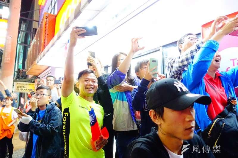20191020-韓國瑜於20日晚上在嘉義市文化公園舉辦晚會。(羅暐智攝)