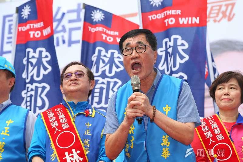 高雄市副市長李四川(右)認為,如果高雄市長韓國瑜真的選上總統,他應該比較清楚如何去挹注高雄,也會比較知道高雄哪裡需要補強。(資料照,顏麟宇攝)