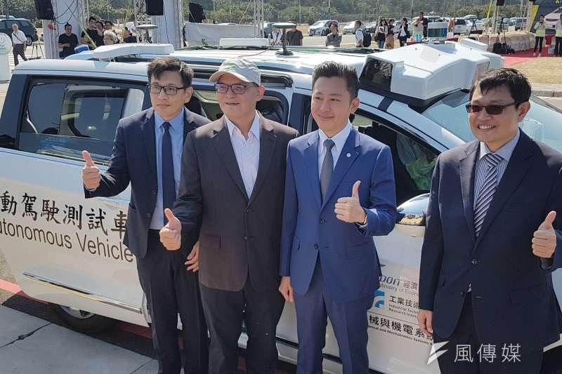工研院與新竹市政府合作,選定南寮漁港作為自駕車的實驗開放場域。(圖/方詠騰攝)