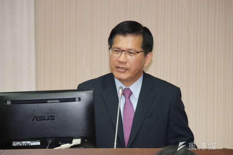 前台中市長、現交通部長林佳龍(見圖)日前視察台中國際機場後,宣布將原先2035年完成的計畫擴建到2040年。(資料照,盧逸峰攝)