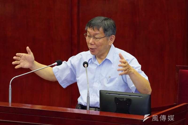 台北市長柯文哲24日赴市議會報告並備質詢。針對議員質問西藏自焚說,柯文哲不認失言,並稱自己覺得這是很爛的方法,作為醫生他反對。(盧逸峰攝)