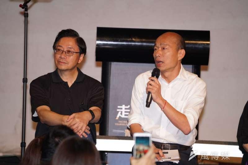 針對國民黨不分區名單,國民黨總統參選人韓國瑜(右)國政顧問團總召張善政(左)14日表示,對名單感到失望。(資料照,盧逸峰攝)