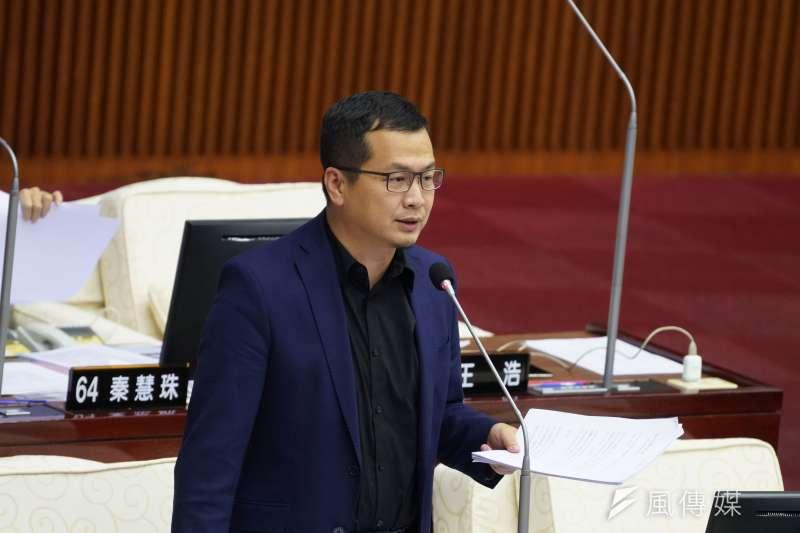 台北市議員羅智強認為,民進黨若欠館長人情,可以讓民進黨立委王定宇去給館長訓練,不要拉國軍下水。(資料照,盧逸峰攝)