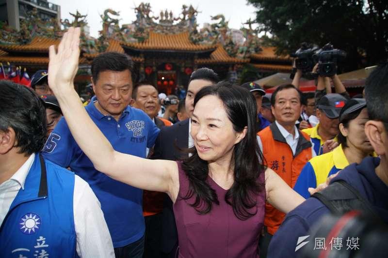 20191030-國民黨總統參選人韓國瑜夫人李佳芬於30日參拜中和福和宮。(盧逸峰攝)