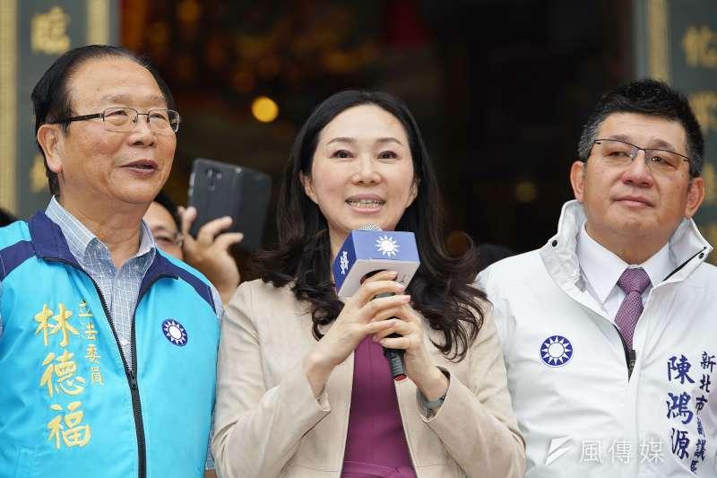 國民黨總統參選人韓國瑜因時間因素不克訪美,將由夫人李佳芬(中)代為前往,訪美行程預計安排在12月初。(資料照,盧逸峰攝)
