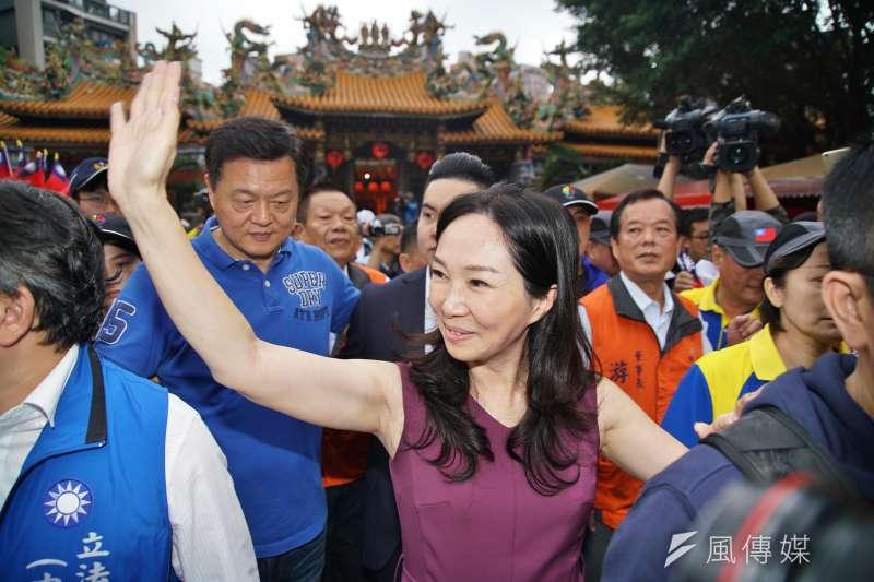 韓國瑜夫人李佳芬談韓國瑜的學貸免息政策,被問及造成呆帳怎麼辦?她回答「政府吃了就好」。(盧逸峰攝)