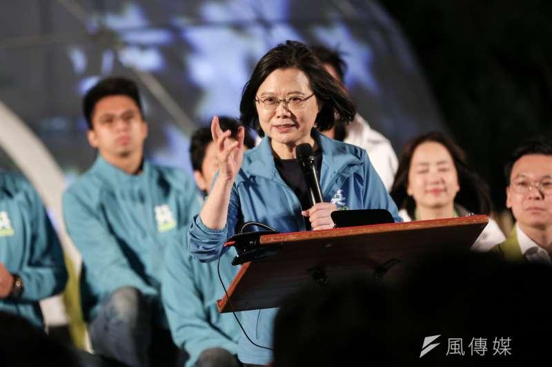 原是民進黨議籍的台南市議長郭信良宣布退黨,引發綠營基層不滿。郭信良陣營與「賴清德系統」為主的蔡英文台南競選總部各自為政,也為選情增添變數。(簡必丞攝)