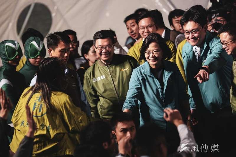 總統蔡英文1日出席民進黨青年競總開幕「給台灣的一封信,為台灣加油-與總統談心之夜」。(資料照,簡必丞攝)