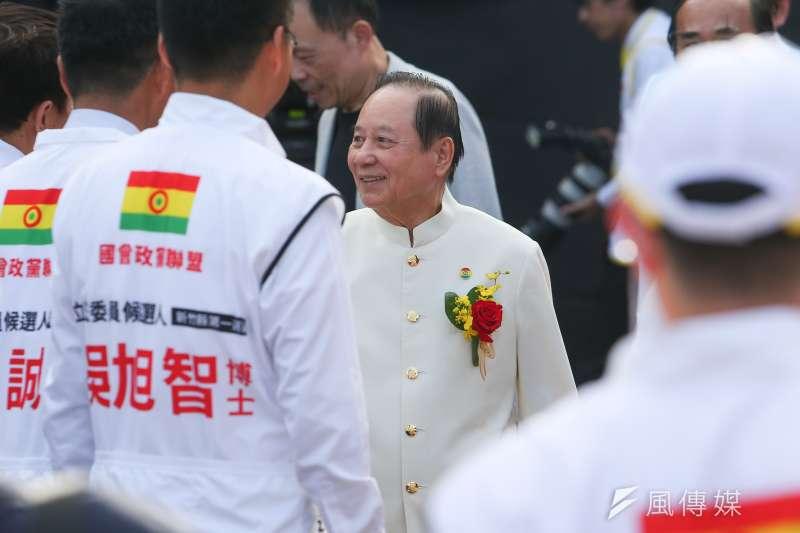 由悟覺妙天(見圖)領軍的國會政黨聯盟宣告解散。(資料照,顏麟宇攝)