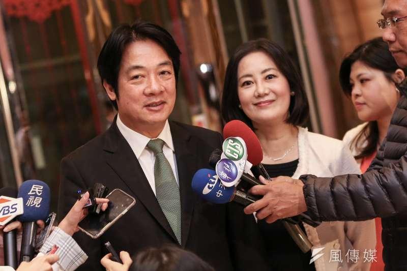 20191106-前行政院長賴清德(左)出席吳思瑤(右)加油感恩餐會。(簡必丞攝)