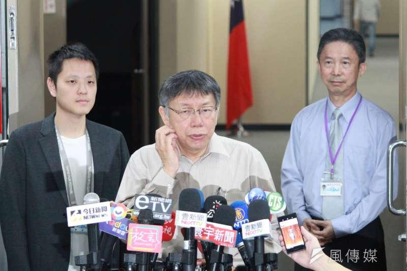 20191106-台北市長柯文哲6日上午在市府受訪。(方炳超攝)