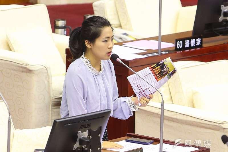 20191107-台北市議員徐巧芯7日於市議會質詢。(顏麟宇攝)