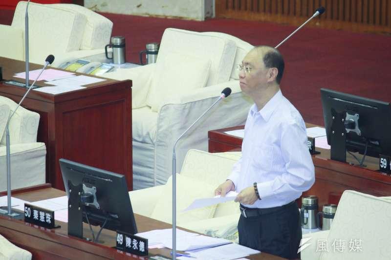 20191108-國民黨市議員陳永德8日於台北市議會進行質詢。(方炳超攝)