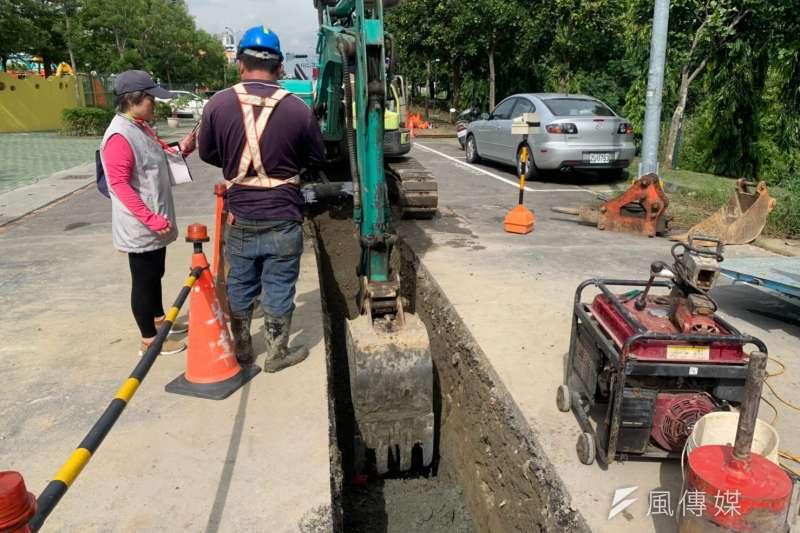 道路管線管理十大措施,施工過程全面錄影監控與加強巡查抽查 。(圖 /徐炳文攝)