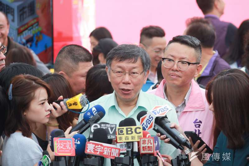 台北市長柯文哲13日上午接受媒體訪問,被問到不分區相關議題。(方炳超攝)