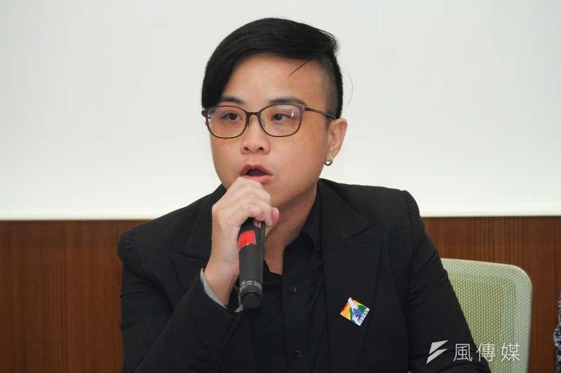20191114-台灣同志家庭權益促進會黎璿萍出席公民團體召開「性平教育才能阻止霸凌、政治惡意操弄撕裂台灣社會」聯合記者會。(蔡親傑攝)