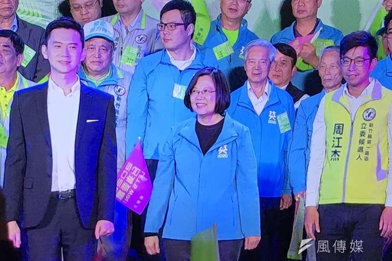 總統蔡英文力拚連任,15日正式成立新竹縣競選總部。(黃信維攝)