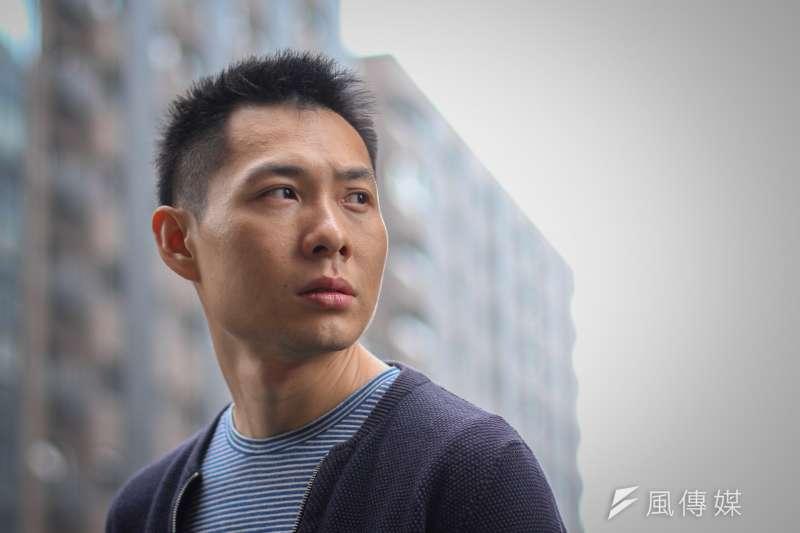 《熱帶雨》導演陳哲藝接受風傳媒專訪。(蔡親傑攝)