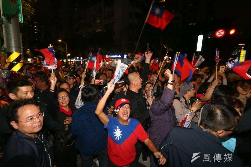 20191118-國民黨總統參選人韓國瑜18日與立委參選人蔣萬安一同造勢,現場支持者一度擠滿興安街。(顏麟宇攝)