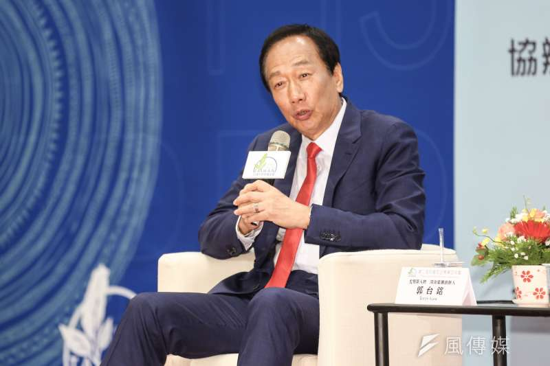 前鴻海董事長郭台銘為推動無人車科技,不惜親自實驗「衝到馬路給車撞」(簡必丞攝)