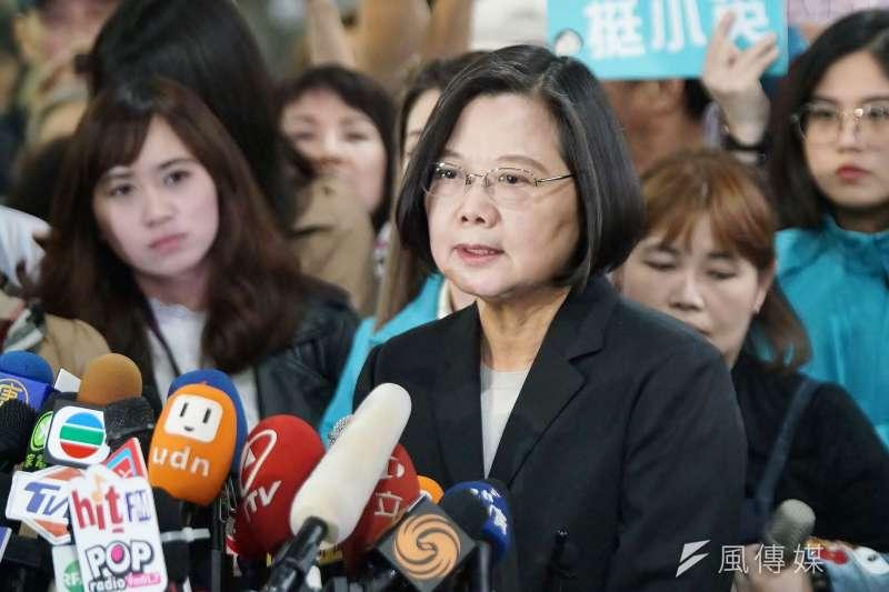 前總統陳水扁在臉書上表示柯文哲說「蔡賴配」大勢已定的說法好像總統蔡英文(見圖)大選贏定了,這樣反而會害死蔡英文及其支持者。(資料照,盧逸峰攝)