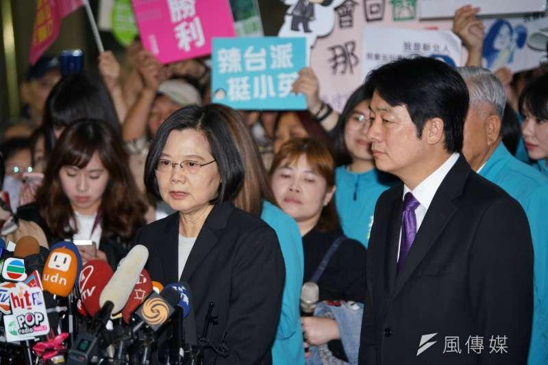 民進黨正副總統候選人蔡英文、賴清德。(盧逸峰攝)