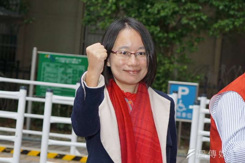 前北農總經理吳音寧(見圖)在臉書表態支持罷免高雄市長韓國瑜,呼籲民眾6月6日出門投票,別讓高雄「倒退嚕」。(資料照,盧逸峰攝)