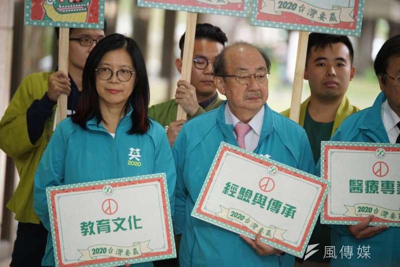 20191120-民進黨20日召開「台灣要贏,團結前行」不分區提名記者會,立委管碧玲、柯建銘出席。(盧逸峰攝)