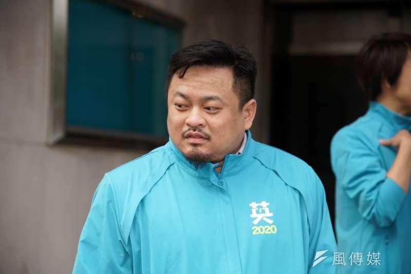 20191120-民進黨20日召開「台灣要贏,團結前行」不分區提名記者會,被提名人洪申翰出席。(盧逸峰攝)