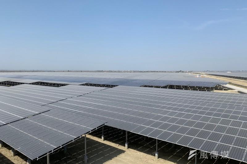20191120-韋能能源得標的80公頃光電案場,最終開發為裝置容量70MW的艾貴義竹光電廠,是全台目前最大的民營地面型光電廠。(尹俞歡攝)