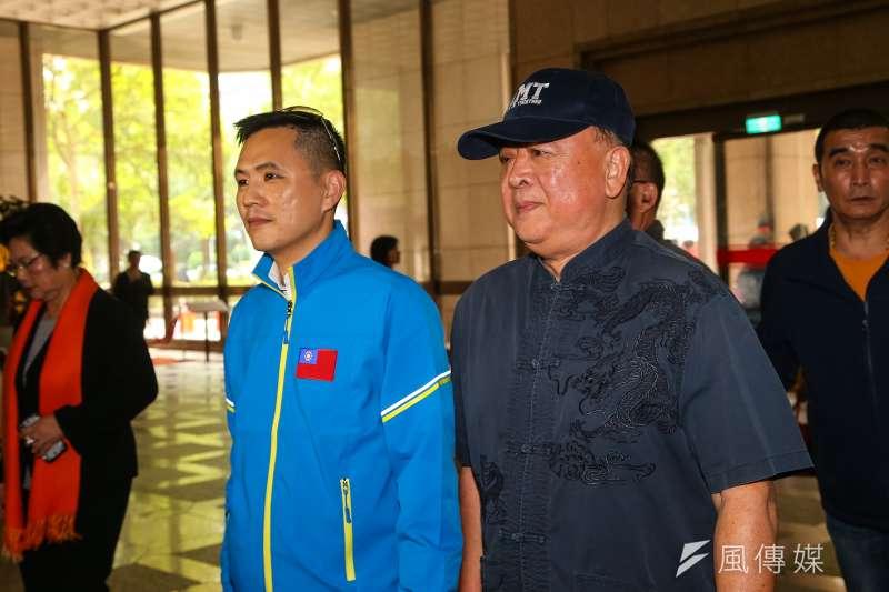 20191121-國民黨不分區立委提名人吳斯懷、陳以信(左)21日前往中選會進行登記。(顏麟宇攝)