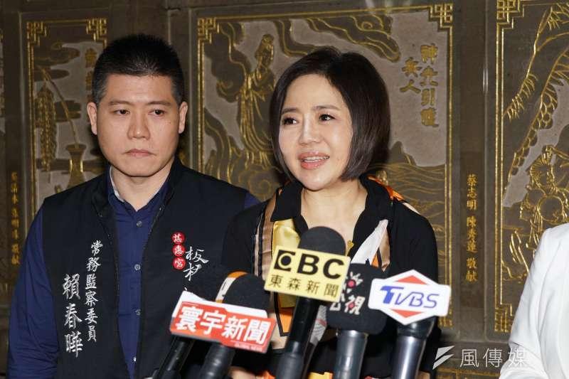 20191124-親民黨發言人于美人24日參拜板橋慈惠宮。(盧逸峰攝)