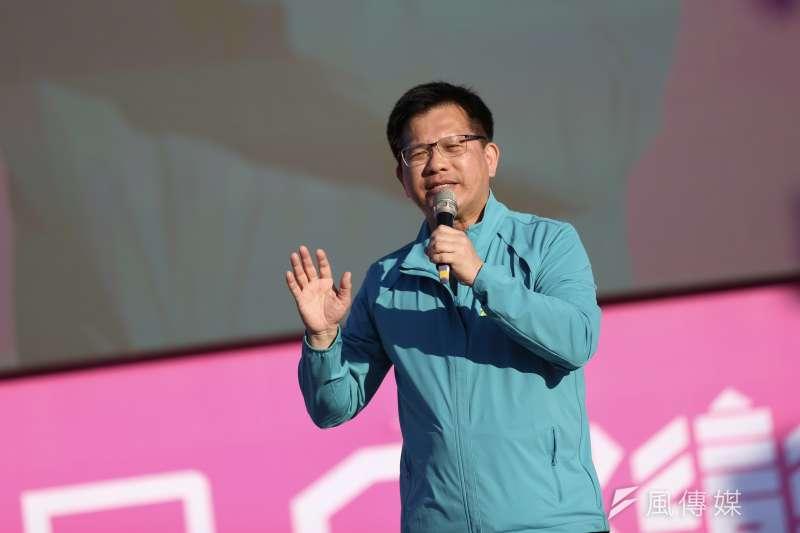 交通部長林佳龍(見圖)22日受訪時提出「少數委員決定國家政策」的說法,引起交通學界強烈反彈。(簡必丞攝)
