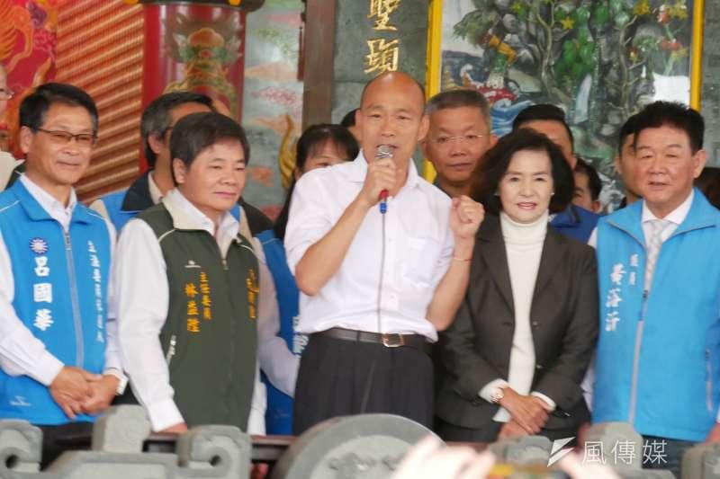 20191127-國民黨總統候選人韓國瑜參拜冬山天照宮。(潘維庭攝)