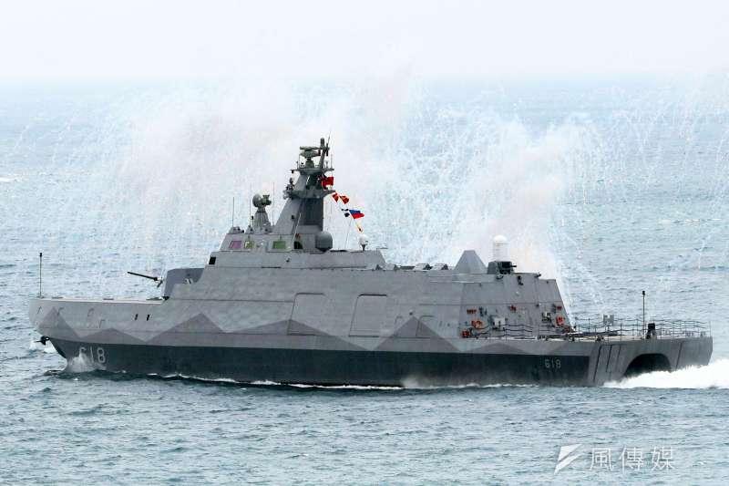 20191129-海軍現役陀江鑑採穿浪雙船體設計。(蘇仲泓攝)
