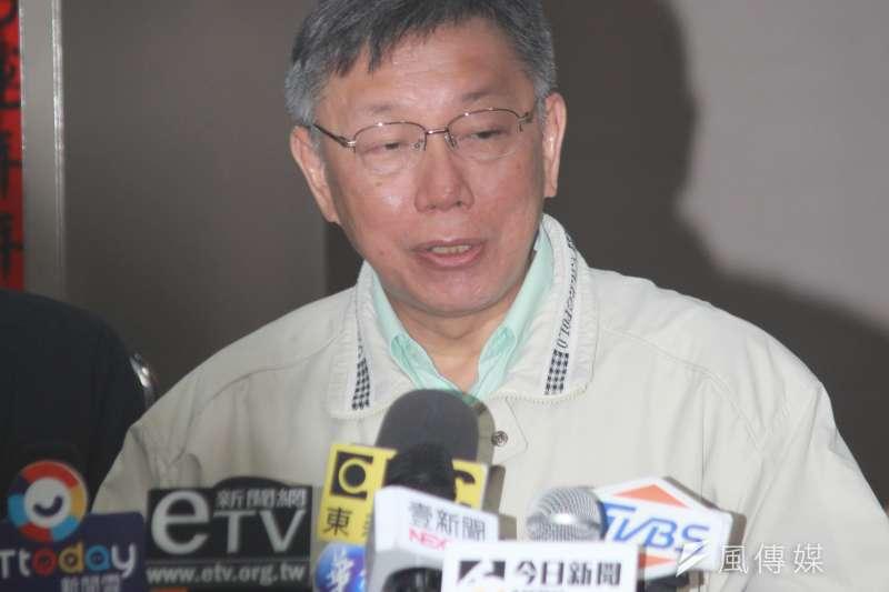 2日才與新北市長侯友宜會面,台北市長柯文哲(見面)3日上午在市府受訪時,讚侯友宜是一個很紮實的人。(方炳超攝)