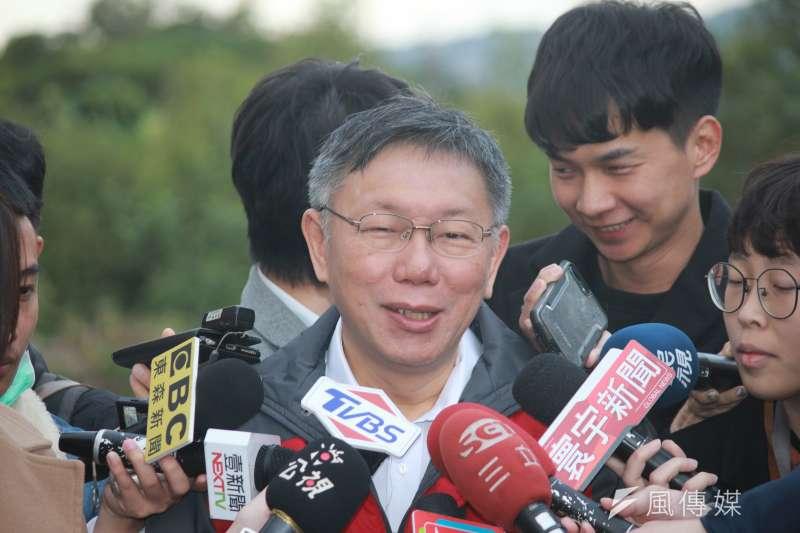 對於民進黨稱與卡神楊蕙如毫無關係,台北市長柯文哲(見圖)4日酸說,民進黨都說跟他們沒有關係?以前葛特曼的時候,他們說跟他們無關,現在問到卡神也是跟他們無關。(方炳超攝)
